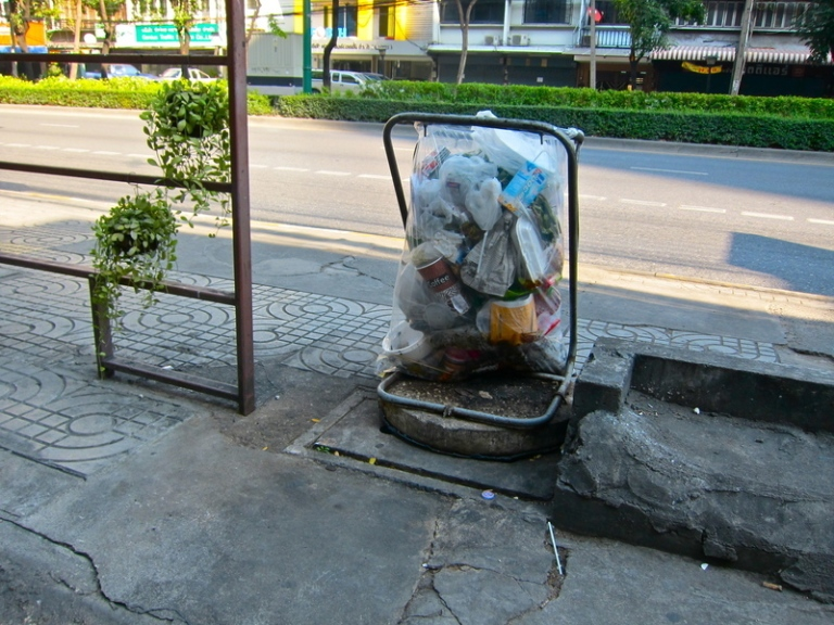 Bangkok_waste_1