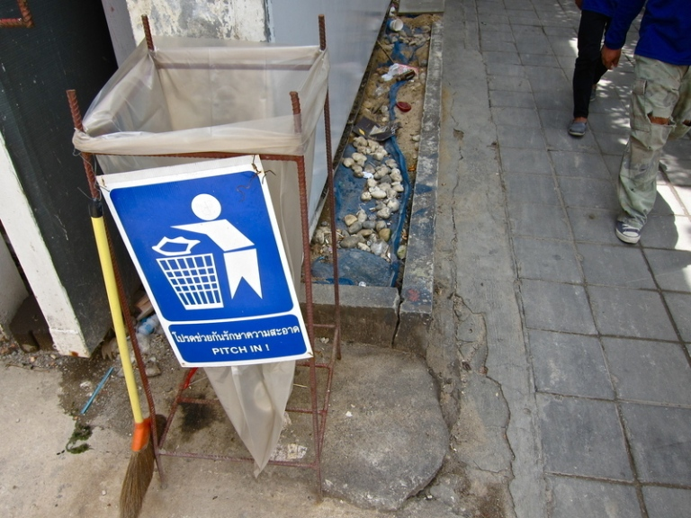 Bangkok_waste_3