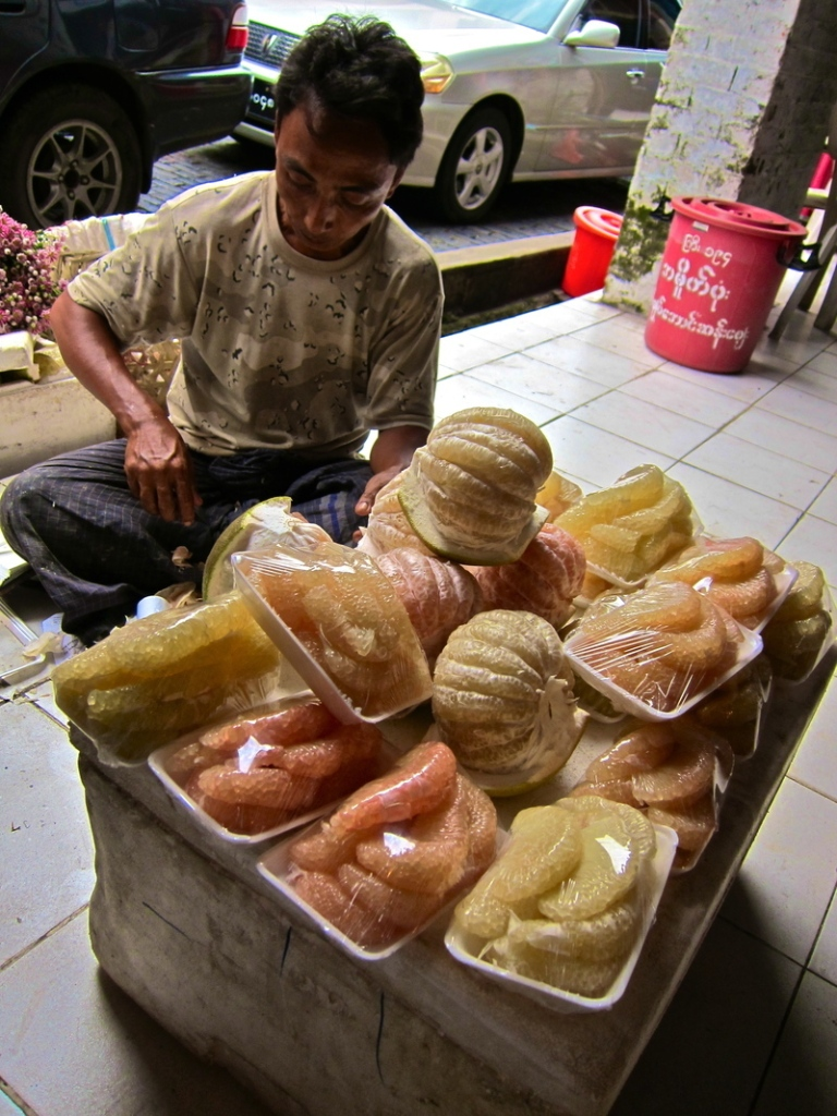 pomelo_vendor1.jpg